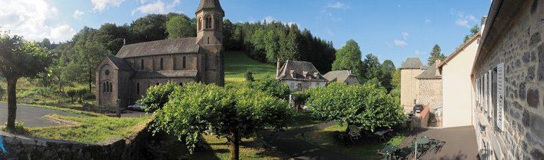 Terrasse de l'Enclos du Puy Mary
