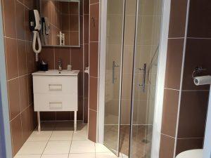 Salle de bain Chambre Maronne Enclos du Puy Mary