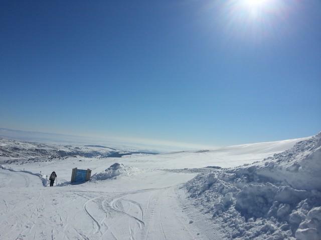 Les sommets du plomb du Cantal à ski